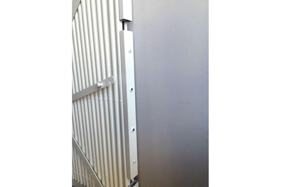 Cerradura con 2 puntos de anclaje en un largo de 500 mm